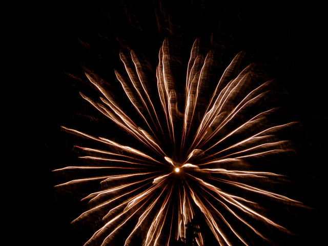 ここから見た今年の花火!!_c0179785_4294084.jpg