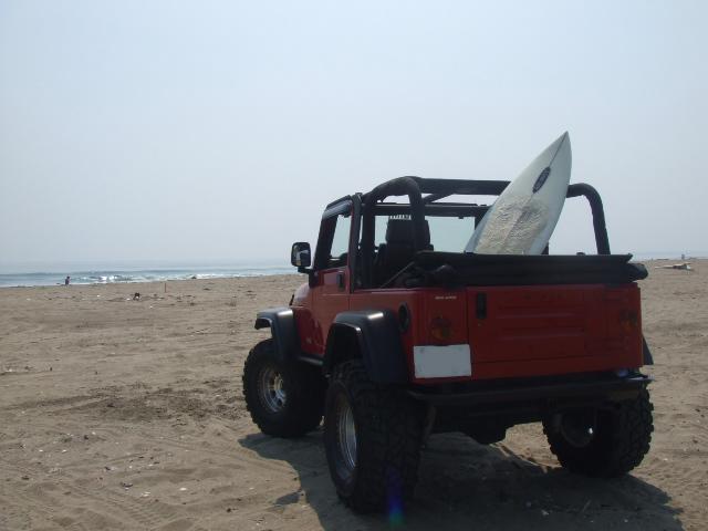Jeep Style with  ピットブル タイヤ & レースラインホイール_b0123820_22421874.jpg
