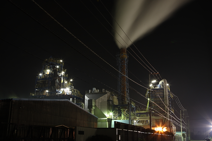 night view of industrial area..2_e0131279_13395120.jpg