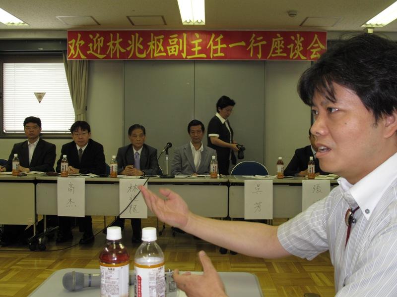 前中国侨联主席林兆枢访问日本 和新老侨领话三情_d0027795_1427857.jpg