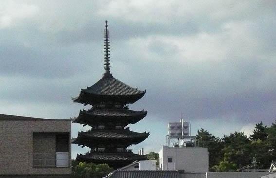 奈良町 3:猿沢池_e0054299_12455833.jpg