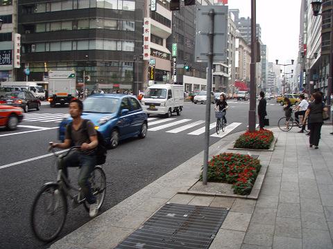 やっぱ東京は自転車先進国だ_b0074601_21282997.jpg