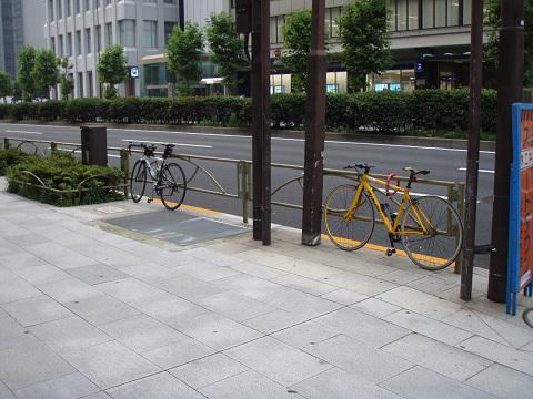 やっぱ東京は自転車先進国だ_b0074601_21391687.jpg