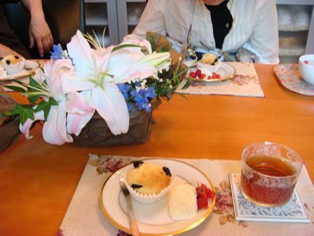 まだまだバラの花園_f0064906_1841921.jpg