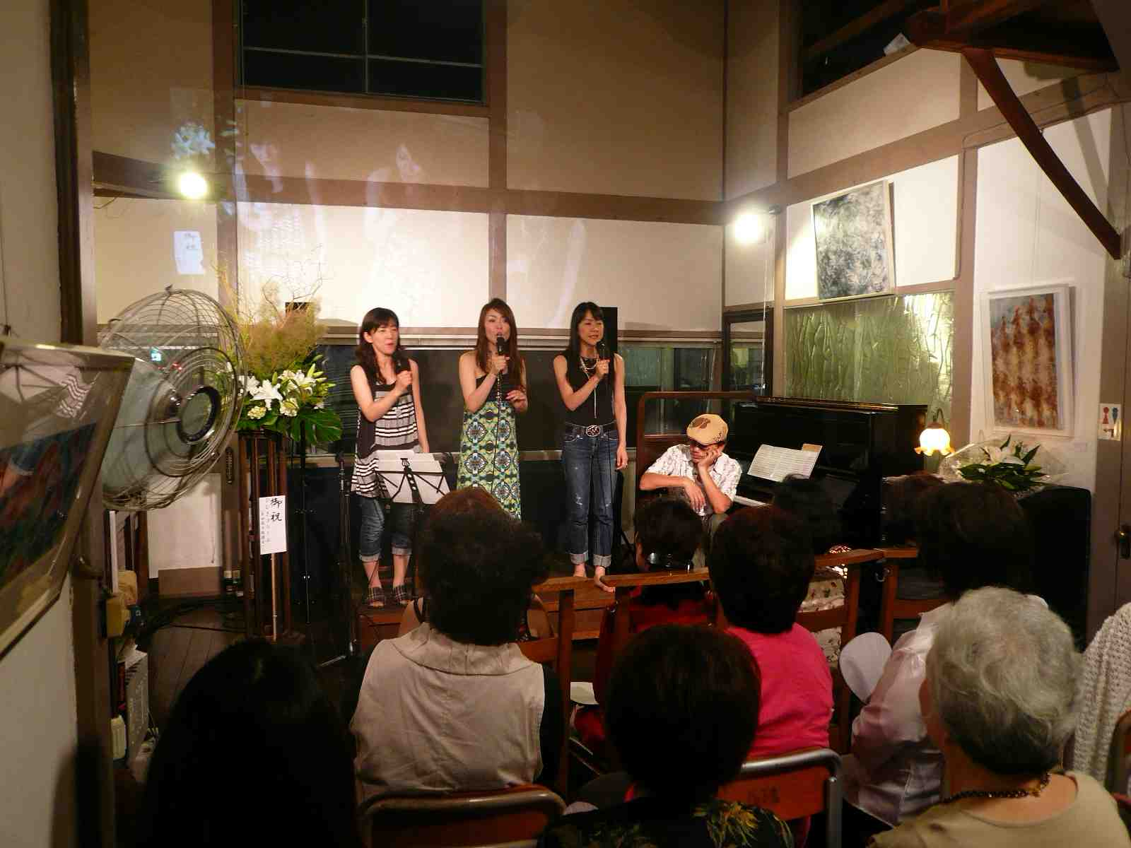 多田周子コンサートINガレリア(2)♬_b0099226_22233818.jpg