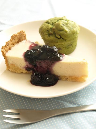 豆腐のチーズケーキ風タルトに抹茶小豆マフィン♪_d0128268_15152971.jpg