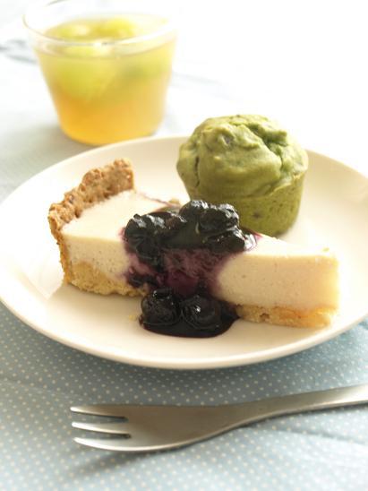 豆腐のチーズケーキ風タルトに抹茶小豆マフィン♪_d0128268_1515625.jpg