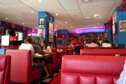 サンデーブランチにパンケーキ♪ 「Sunshine Diner」_d0129786_13185125.jpg