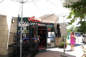 サンデーブランチにパンケーキ♪ 「Sunshine Diner」_d0129786_16162860.jpg