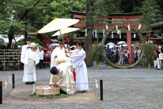 夏越の大祓いー吉田神社_e0048413_21194488.jpg