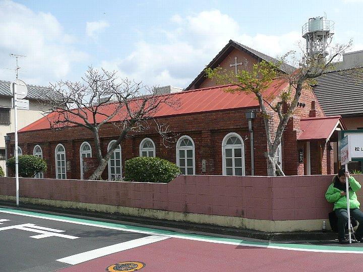 松山聖アンデレ教会礼拝堂_c0112559_10283337.jpg
