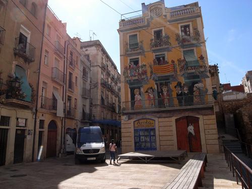 タラゴナの旧市街に棲む猫 スペイン_f0117059_22223673.jpg
