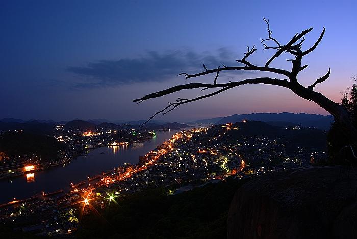尾道浄土寺山で重大事件です!_c0152379_20484579.jpg