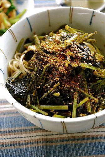 人参葉の海苔和え煮麺_e0110659_9421337.jpg