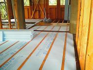 別荘地でのCozyUpHome屋根仕上げと下地造作工事2_d0059949_11321011.jpg