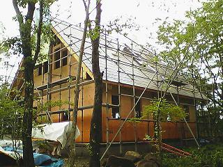 別荘地でのCozyUpHome屋根仕上げと下地造作工事2_d0059949_11333416.jpg