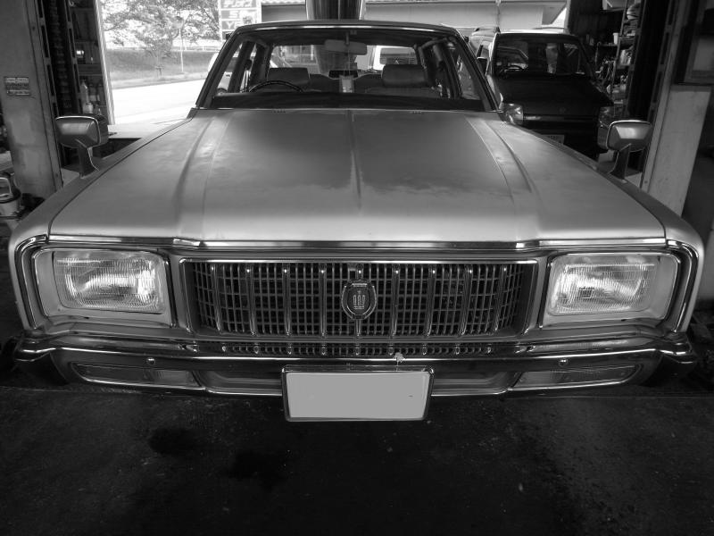 TOYOTA CROWN SUPER DELUXE_f0009238_178265.jpg