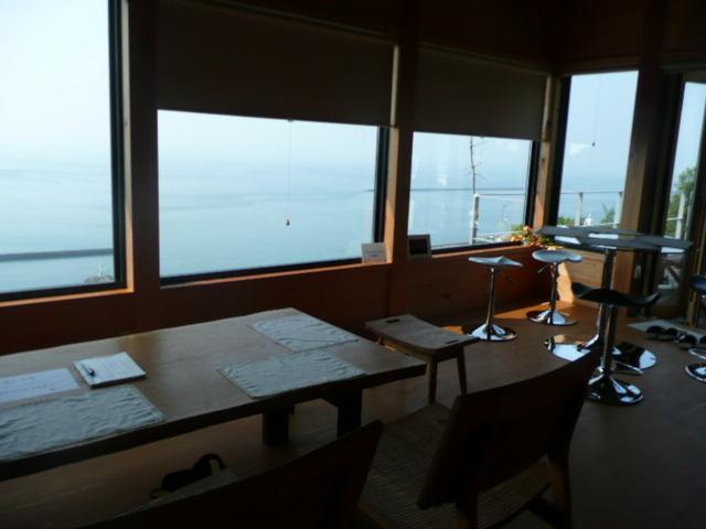 海の見える喫茶店♪_f0099147_2036623.jpg