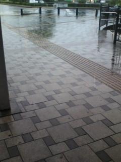 梅雨末期らしい天気_e0094315_7151468.jpg