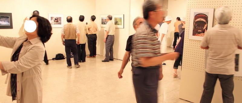 09年7月9日・クラブ写真展搬入_c0129671_2058240.jpg