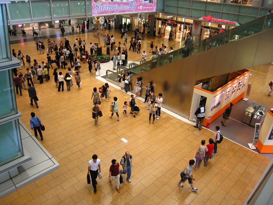 いつかロケ地になる名古屋駅_a0107574_23143730.jpg