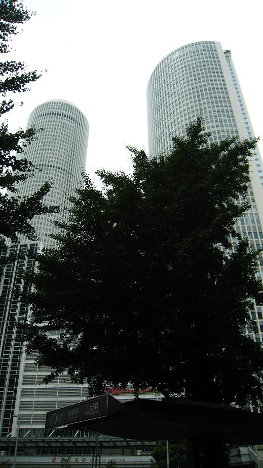 いつかロケ地になる名古屋駅_a0107574_2314553.jpg