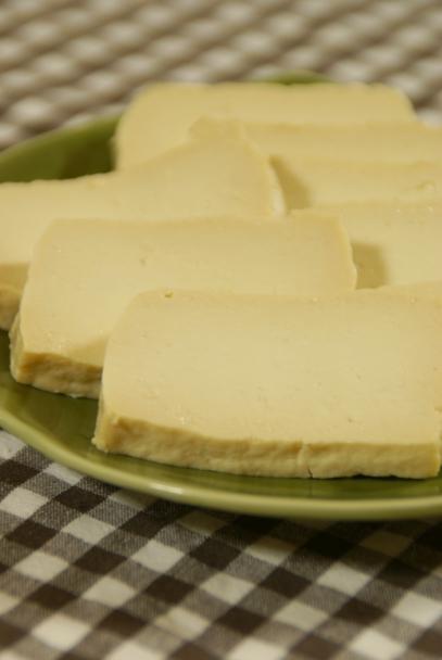 豆腐?チーズ?_f0189086_2236423.jpg