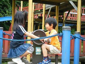 09-07-12ピノキオ公園にて_a0126713_21122553.jpg