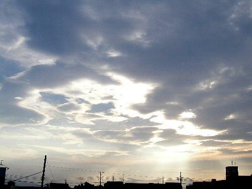 きょうの空。_b0157216_20282186.jpg