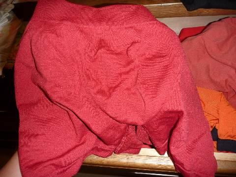 ユニクロの赤パンについて_b0054727_8415574.jpg