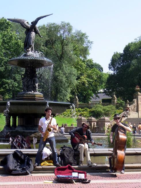 初夏のセントラルパークに流れるジャズ_b0007805_22161140.jpg