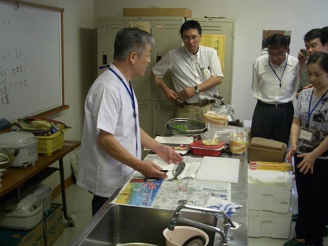東海道の宿場&港町の由比で「アジのたたきづくり」_f0141310_22591656.jpg