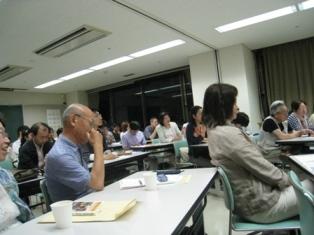 コスタリカ講演会でパネルディスカッションに参加しました。_c0167632_15433276.jpg