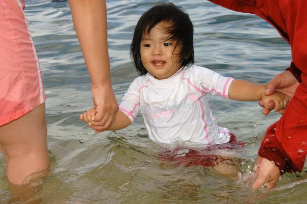 金魚すくい&海水浴_c0180460_155063.jpg