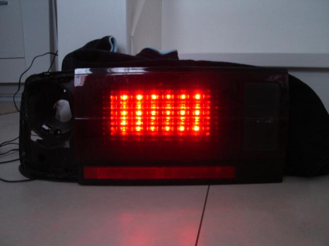 LEDテールにインナーレンズは必須ですな!!!_e0003660_054650.jpg