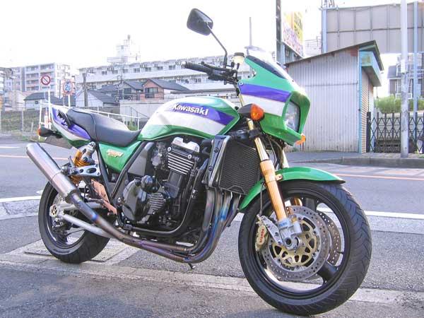 先日販売したZRX1100!!_c0086965_04364.jpg
