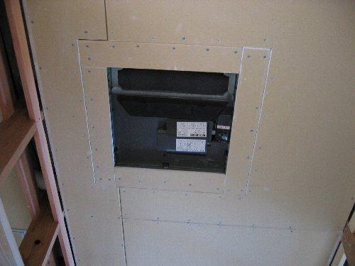 階段・換気口・換気扇・他_b0165417_2121353.jpg