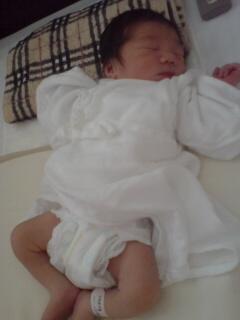産まれたて♪_e0062921_1552553.jpg