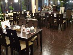 老舗レストラン、復活です!_f0055803_13515238.jpg