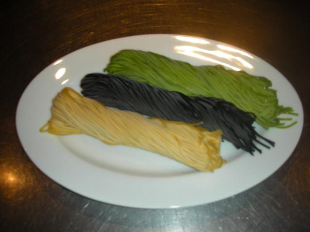 自家製パスタ麺_a0131349_0353274.jpg