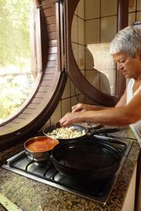 密着レポート~義母さんのナスのオーブン焼き_f0106597_052290.jpg