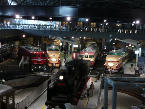 鉄道博物館で友と会いました_a0050728_2395890.jpg