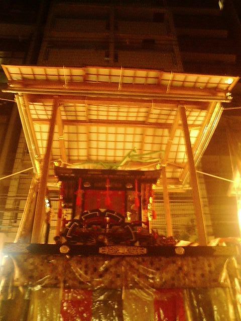 京都の街はこんちきちん♪_c0127476_15254894.jpg