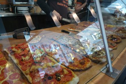 ダウンタウンで軽食はイタリアンベーカリーカフェ「Sciue'」_d0129786_13121399.jpg
