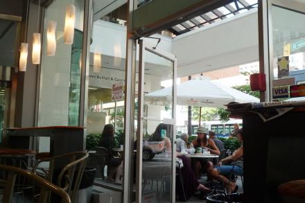 ダウンタウンで軽食はイタリアンベーカリーカフェ「Sciue'」_d0129786_14475743.jpg