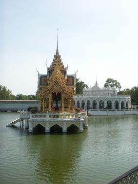 バンパイン宮殿―タイ―_c0129404_2381124.jpg