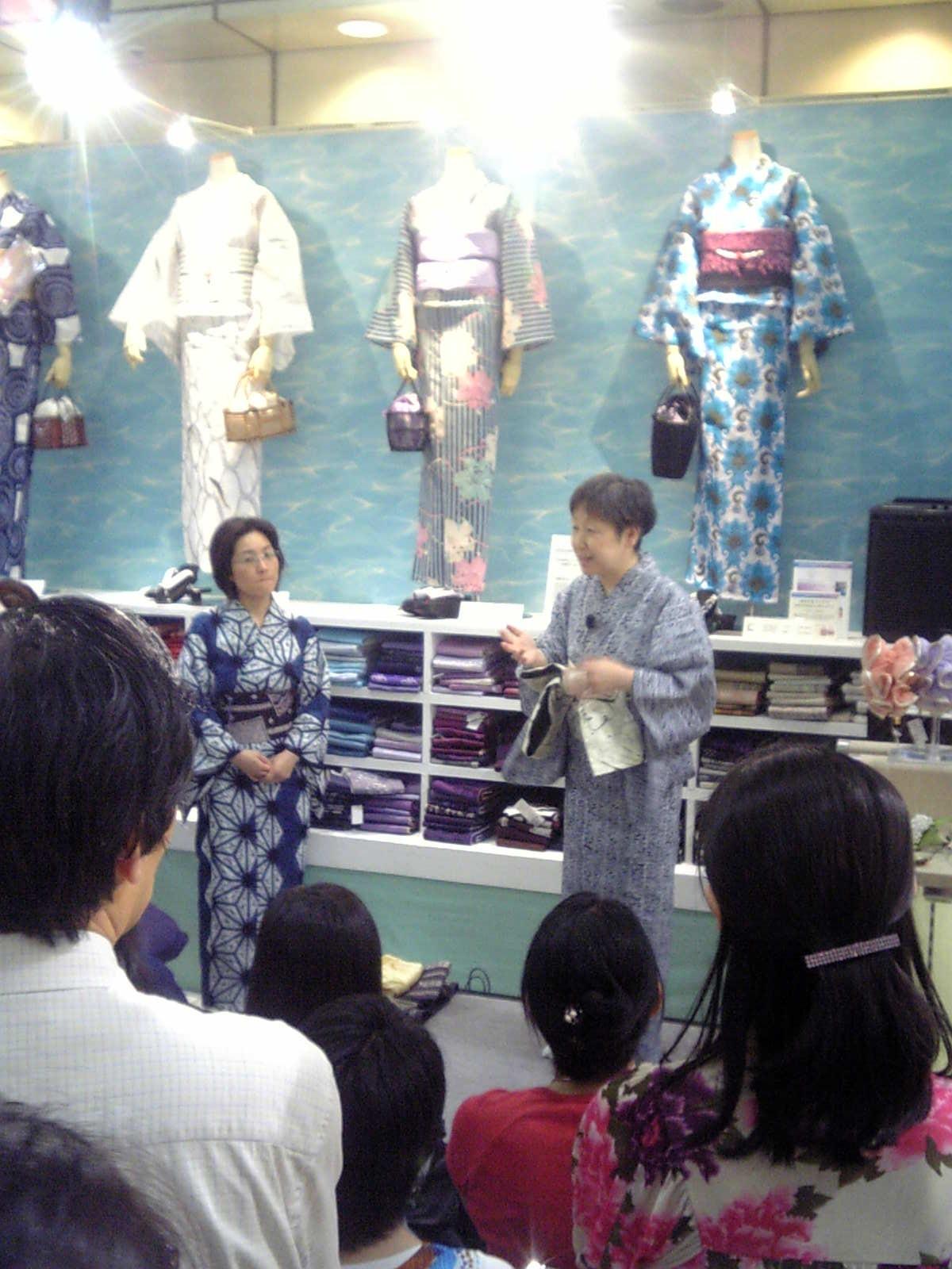 松屋銀座 ゆかたトークショー!_e0123712_18222913.jpg