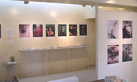 『横山こうじ写真展 ポップなポルノ  BIZARRE』は終了しました。_f0138928_19133578.jpg