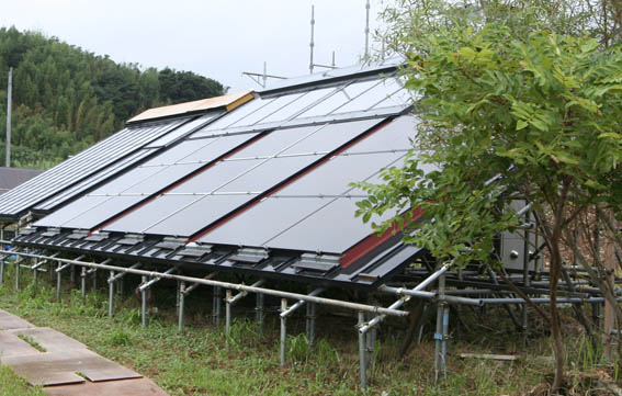 [太陽熱空気暖房・給湯+太陽光発電]システム_e0054299_9411816.jpg