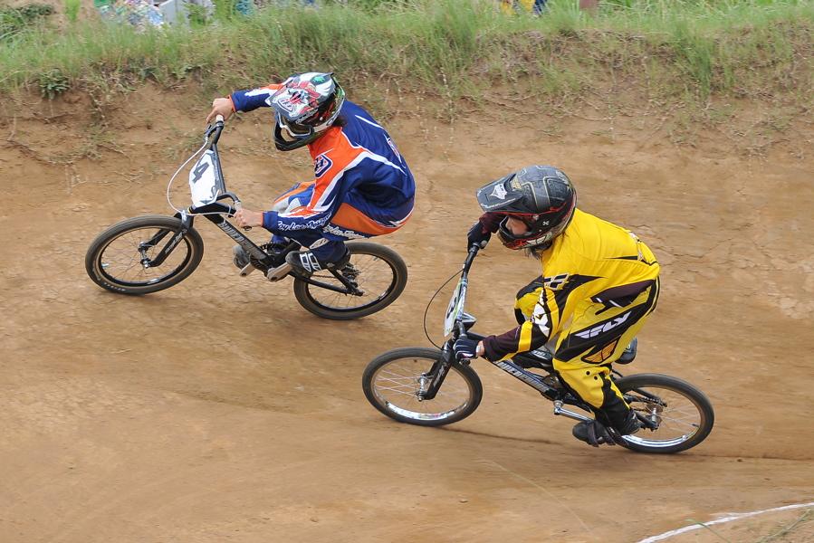 2009 JOSF7月緑山定期戦VOL3:BMXエキスパートクラス決勝_b0065730_2123119.jpg
